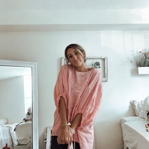 Other - Oversized pink top